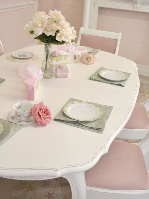 Cottage Chic White Dining Table Oval French Roses Seats 6